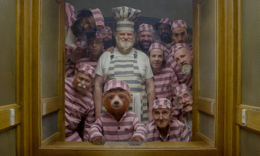 パディントンとナックルズと囚人たち