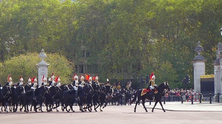 騎馬兵の行進